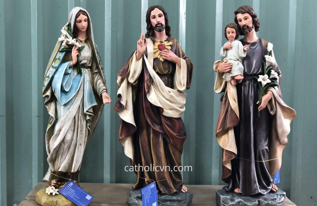 Nhiều câu hỏi liên quan đến: Tượng Chúa Giesu đẹp được tìm kiếm trên các trang thương mại, các trang web online, tìm kiếm google... Hôm nay, chúng tôi chia sẻ đến quý vị một số câu chuyện về Đức Chúa Kito và những mẫu Tượng Công Giáo về Chúa Giesu đẹp nhất. Nơi trưng bày, nơi mua uy tín hoặc ở đâu có bán để bạn có thể chuộc được những bức Tượng Chúa đẹp nhất tại Việt Nam. Công giáo giuse đức mẹ gỗ đá composite