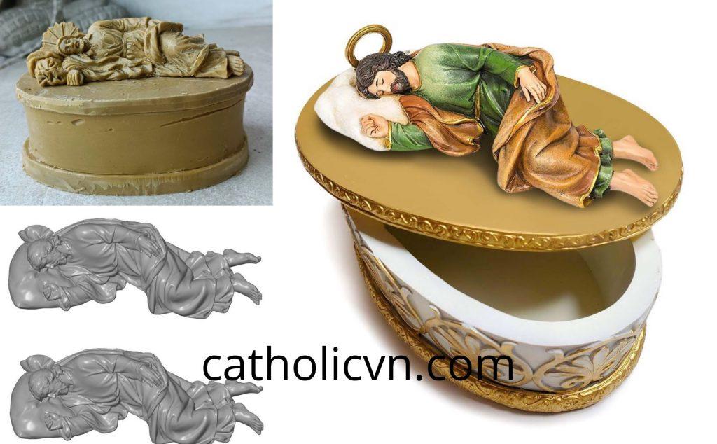 Tượng Thánh Giuse Thợ, Thánh Giuse Bế Chúa, Thánh Giuse Ngủ... cổ điển cao cấp. Tượng được chế tác bằng nguyên liệu Polyresin cao cấp nhất, tất cả màu sắc được nhập khẩu từ Italia và sử dụng quy trình vẽ thủ công để hoàn thiện một cách hoàn hảo nhất để tạo nên những bức tượng Thánh Giuse có thể làm hài lòng những người sản xuất cũng như các cộng đoàn, giáo dân trên cả nước.