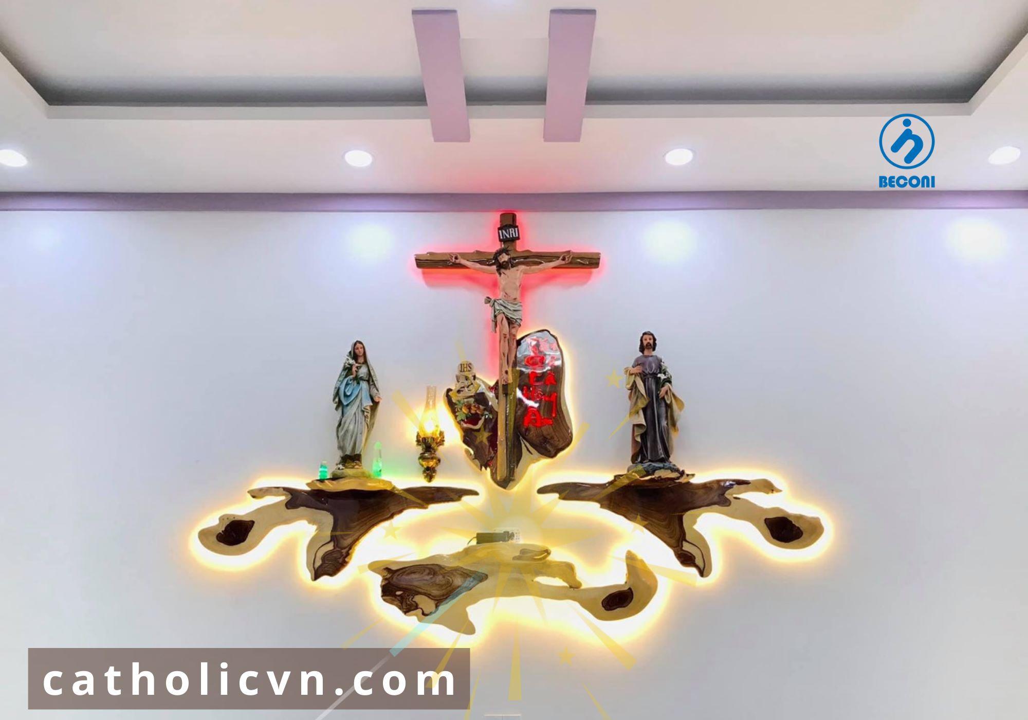 Top 10 Bộ Bàn Thờ Công Giáo treo tường đẹp và hiện đại nhất